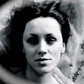 Monika Thomas. Muzyka z sypialni.