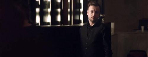 """Kadr z wideoklipu Czesław Śpiewa Miłosza """"Postój Zimowy"""" reż. M. Nygaard Hemmingsen"""