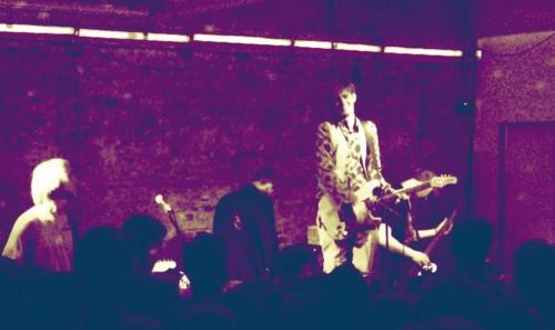 Sjón na żywo w Klubie DOM (foto: MegaTotal.pl)